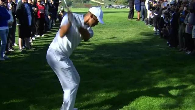 Tiger Woods gets up-and-down for birdie at Genesis