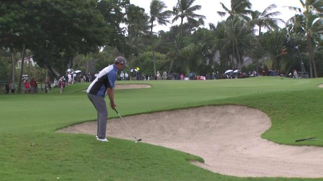 Webb Simpson uses nice approach to set up birdie at the Sony Open
