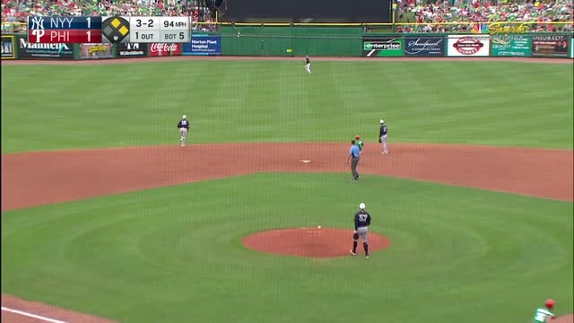 New York Yankees place Derek Jeter on DL