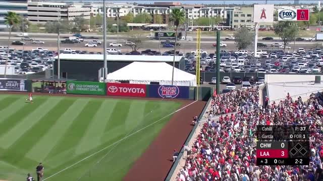 Eloy Jimenez, White Sox finalize $43M, 6-year contract
