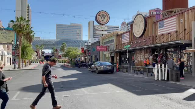 Las Vegas Review Journal News | Hogs & Heifers owner talks about the battle for 3rd Street