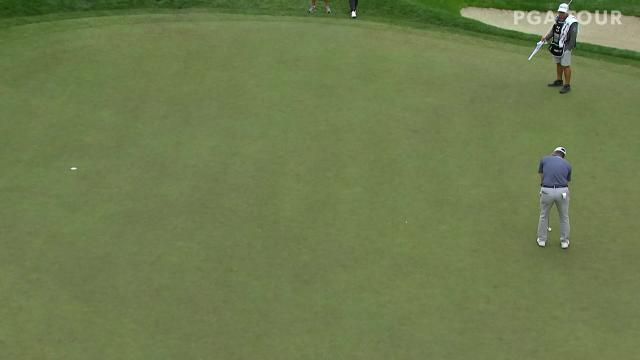 Ryan Palmer sinks a 27-footer for birdie at ZOZO