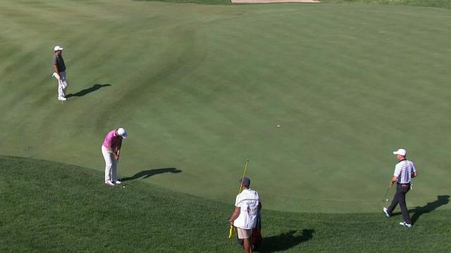 Danny Lee chips in for birdie at THE CJ CUP