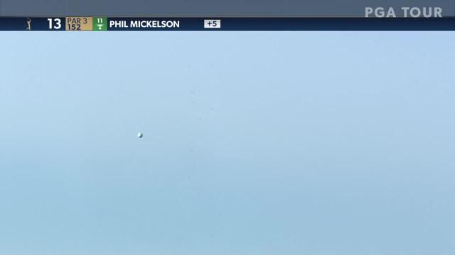 Phil Mickelson sticks tee shot to set up birdie at THE PLAYERS