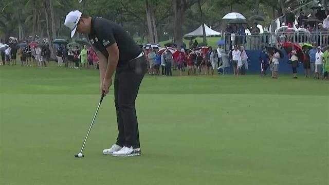 Sungjae Im sinks 14-footer for birdie at the Sony Open