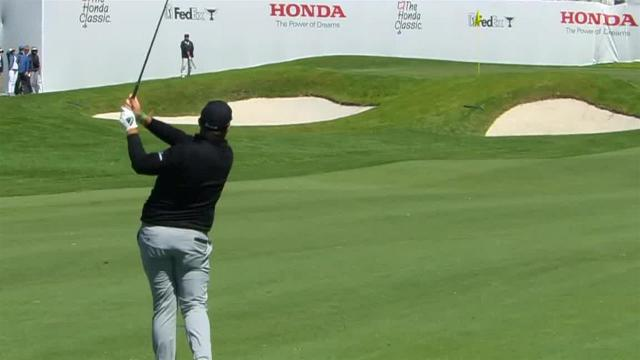 Shane Lowry dials in approach to set up birdie at Honda