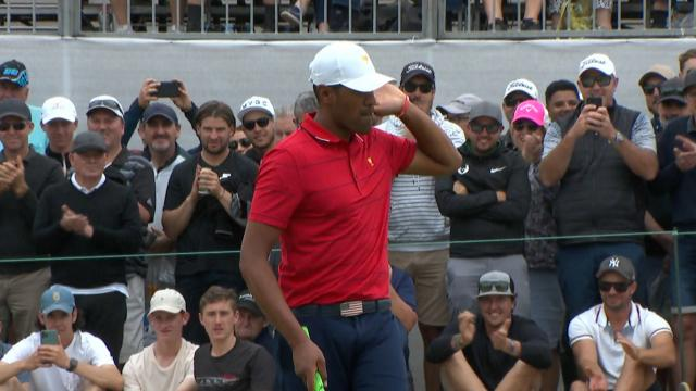 Tony Finau drains 23-foot birdie putt at the Presidents Cup