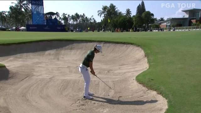 Joaquin Niemann's bunker game yields birdie at the Sony Open