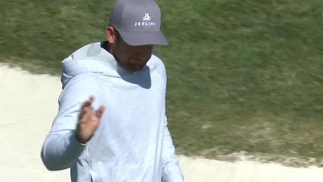 Kevin Chappell sinks a 33-foot birdie on No. 17 at AT&T Pebble Beach