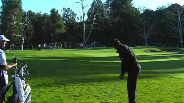 Phil Mickelson dials in approach to set up birdie at Genesis