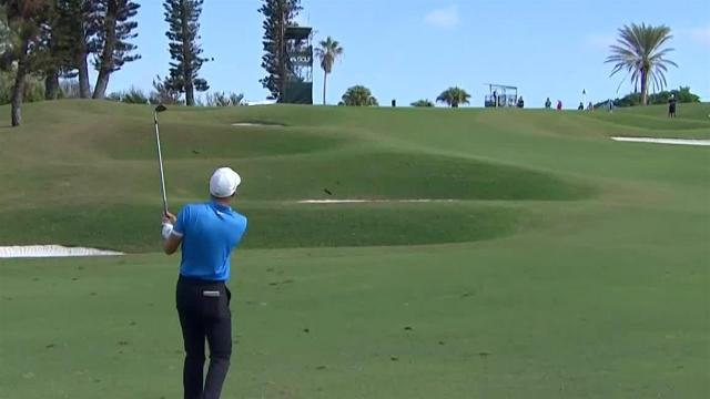 Aaron Wise hits it to a foot at Bermuda