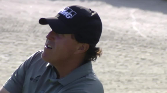 Phil Mickelson nearly holes out for eagle at Arnold Palmer