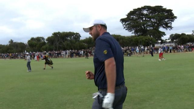 Marc Leishman's approach lands within 7 feet at the Presidents Cup