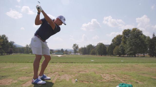 Scott Stallings demonstrates how to hit the perfect stinger