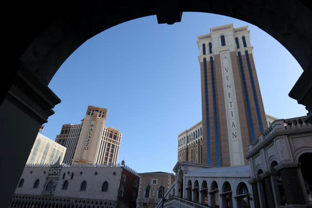 Las Vegas Review Journal News | Las Vegas Sands sells strip properties