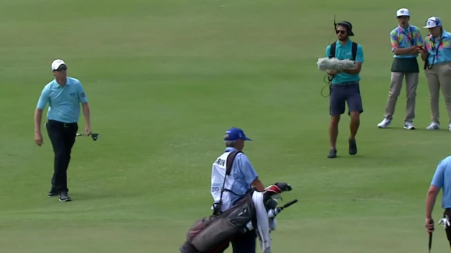 David Hearn sinks birdie putt from off the green at Puerto Rico