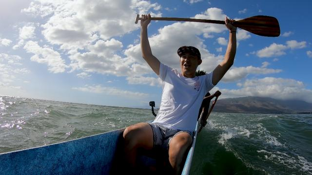 Collin Morikawa and family experience Hawaiian outrigger canoeing