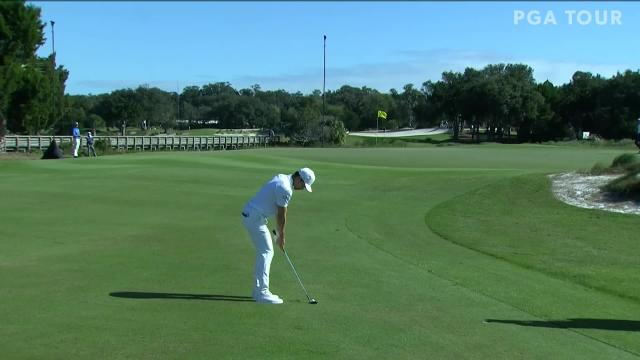 Camilo Villegas makes birdie on No. 7 in Round 3 at The RSM Classic