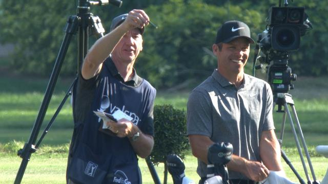 Paul Casey leads by one after 54 holes at Valspar