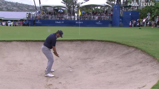 Ryan Palmer gets up-and-down for birdie at the Sony Open