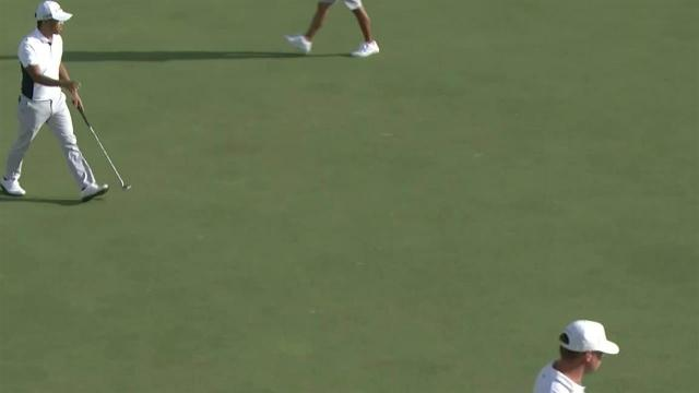 Satoshi Kodaira drains 31-footer for birdie at the Sony Open