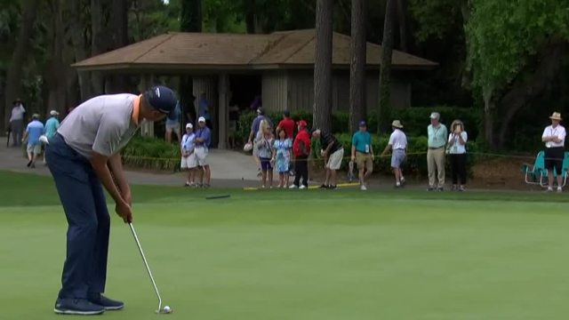 Matt Kuchar leads the field in putting at RBC Heritage