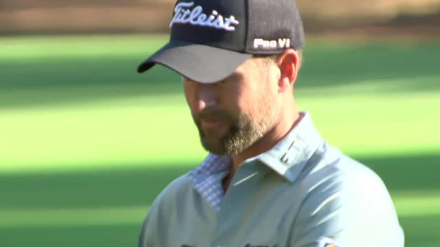 Webb Simpson nearly holes out at RBC Heritage