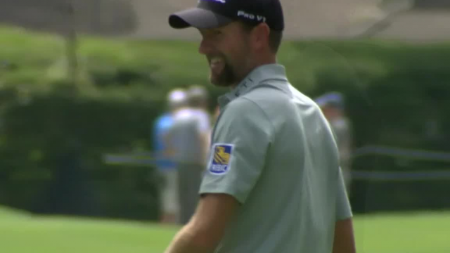 Webb Simpson's solid approach yields birdie putt at RBC Heritage