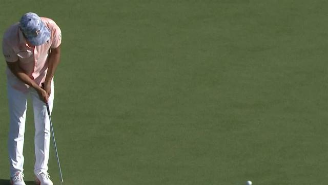 Rickie Fowler's impressive approach leads to birdie at Sentry