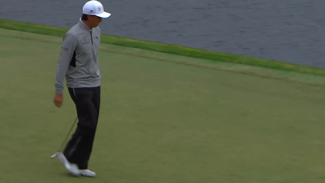 Rickie Fowler sinks 35-footer for birdie at THE PLAYERS