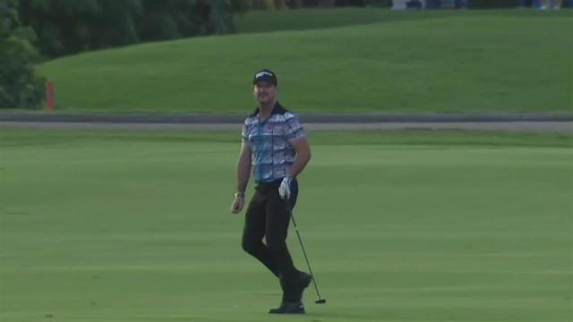 Rory Sabbatini nearly holes out for albatross at the Sony Open