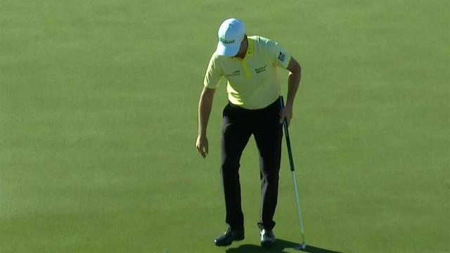 Webb Simpson drives the green to set up birdie at Waste Management