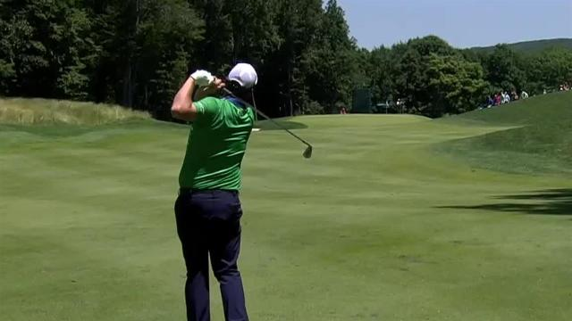 Marc Leishman's approach inside 10 feet leads to birdie at Travelers