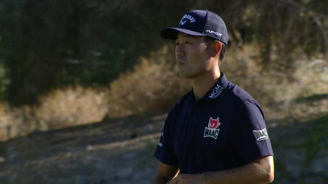 Kevin Na keeps the solo lead by two at Shriners