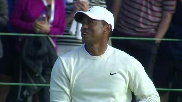 Tiger Woods gets up-and-down for closing birdie at Farmers
