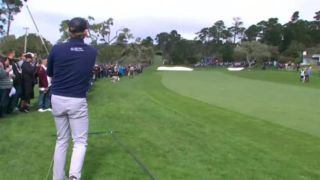 Brandt Snedeker's approach to 5 feet leads to birdie at AT&T Pebble Beach