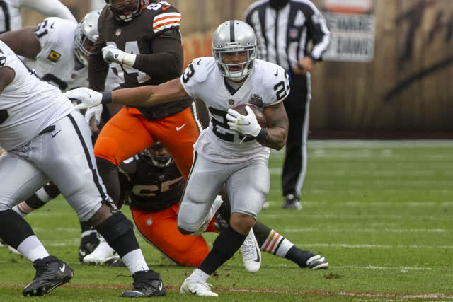 Las Vegas Review Journal Sports | Booker next running back up for the Raiders