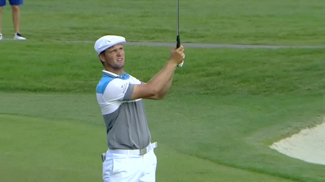 Bryson DeChambeau uses nice approach to set up birdie at Arnold Palmer
