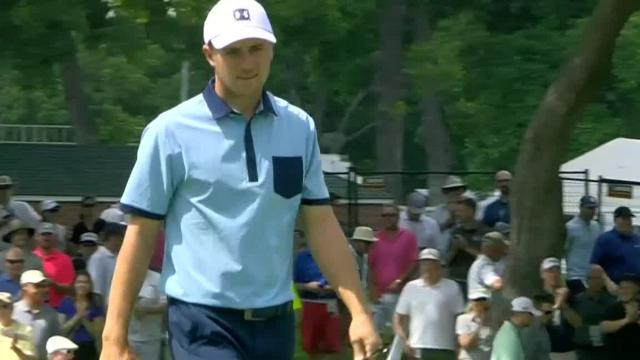 Jordan Spieth drains three putts over 40 feet at Charles Schwab