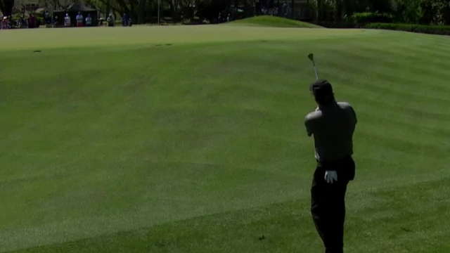 Phil Mickelson gets up-and-down for birdie at Arnold Palmer