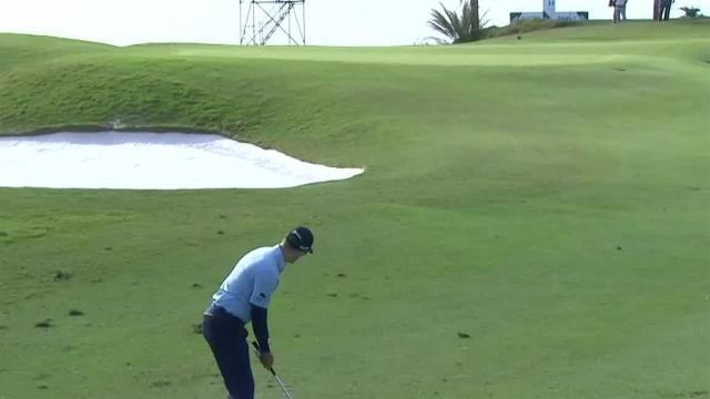 Russell Knox uses tight approach to set up birdie at Bermuda