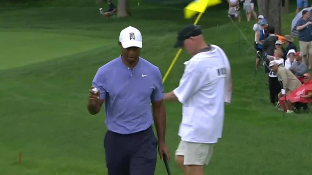 Tiger Woods cards birdie on No. 5 at the Memorial