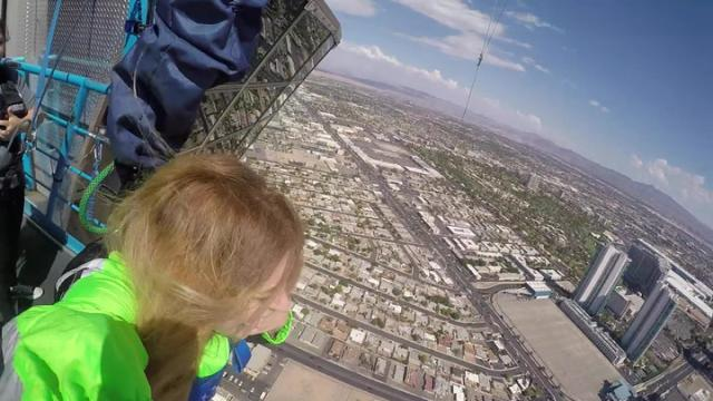 Las Vegas Review Journal News | Jumping Off The SkyJump at Stratosphere