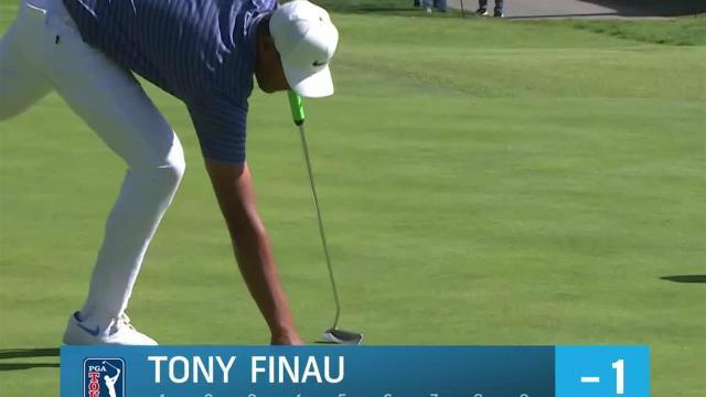 Tony Finau sinks 28-footer for birdie at Genesis