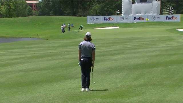 Tommy Fleetwood sinks a 105-yard birdie on No. 18 in Round 2 at WGC-FedEx St Jude