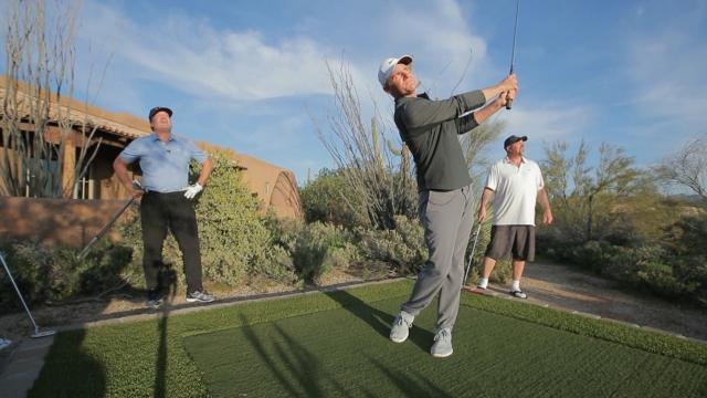 Adam Long takes on a 3-hole challenge in Jeremy Roenick's backyard