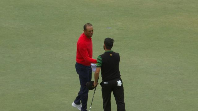 Tiger Woods' 19-foot birdie putt to win his Singles match at the Presidents Cup