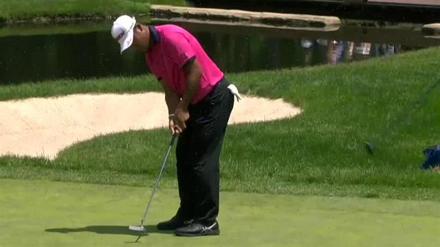 Hideki Matsuyama rolls in 11-footer for birdie at the Memorial