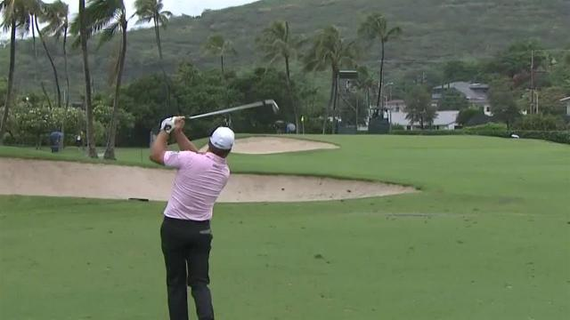 Graeme McDowell birdies No. 14 at the Sony Open