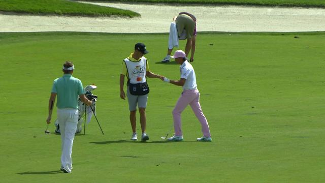 Rickie Fowler holes out for eagle at Arnold Palmer